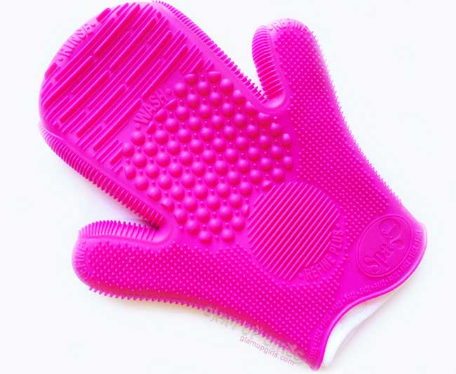 2X Sigma Spa Brush Cleaning Glove - Review
