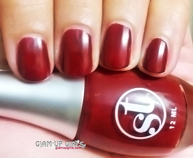 Sweet Touch Nail Polish in D-Brown 1018 NOTD