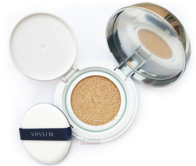 Missha M Magic Cushion SPF50+ PA+++ Review and Swatches